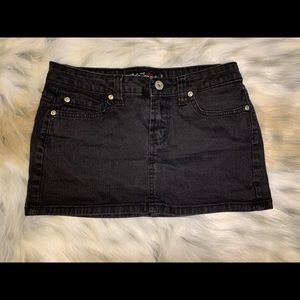 ✨ Cielo Jeans Black Mini Skirt ✨